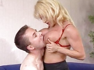hawt aged blond cougar donna denrico