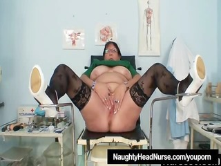 aged bbw wife is fingering her plump cum-hole