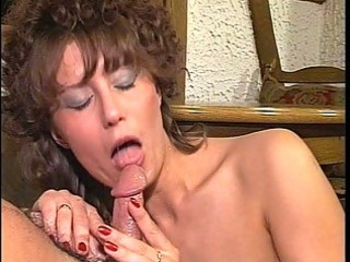 d like to fuck whore sucks and bonks outdoors
