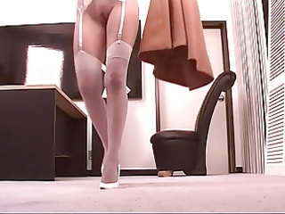 mature leggy blond widens her pretty bawdy cleft
