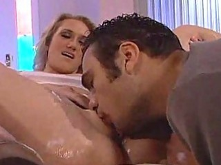 d like to fuck babe acquires her pussy licked by