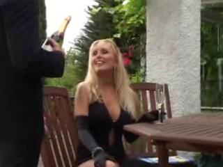 unknown blonde mature mother fucked in public