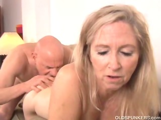 beautiful older golden-haired annabelle brady can