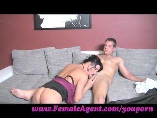 femaleagent. the art of engulfing