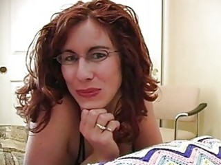 dong loving redhead d like to fuck with glasses