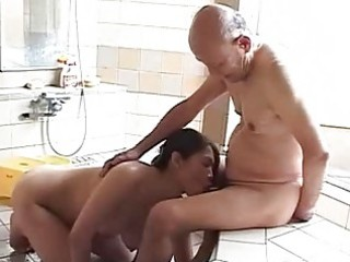maki tomoda old man and mother i 3