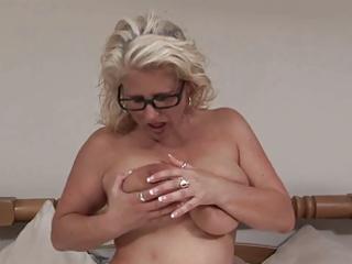 older woman masturbation