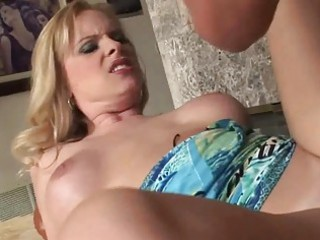 breasty d like to fuck golden-haired cougar gives