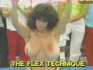 funny-retro mama titty bouncing