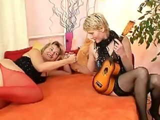 Mature lesbian milfs eat pussy  make out on bed