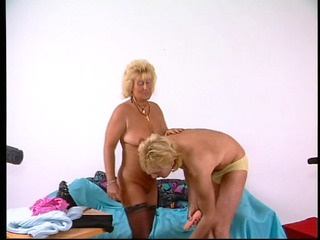 older pair have a fun fucking on camera