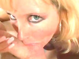 breasty cougar smokin