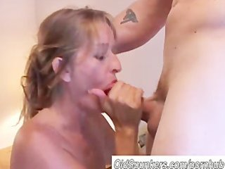 nice-looking aged blonde can to fuck