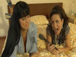 sexy brunette hair mother i gives an interview