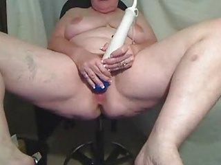 big beautiful woman matures plays for livecam