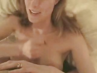 hot mom engulfing big pecker and getting a facial