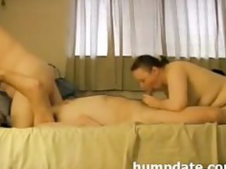 lucks guy has oral-stimulation fun with his wife